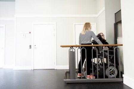 Domáci výťah pre vozičkára